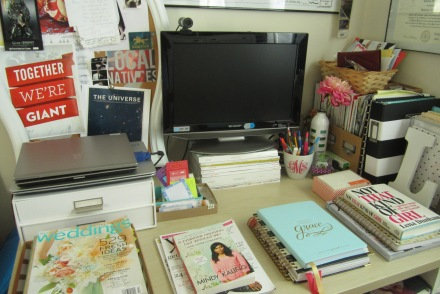 desk diaries mindy kaling lena dunham